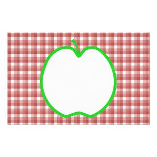 """Apple verde con el modelo rojo y blanco del contro folleto 5.5"""" x 8.5"""""""
