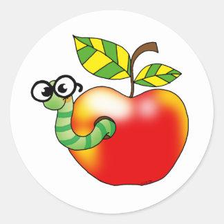 Apple y gusano, de nuevo a escuela pegatina redonda