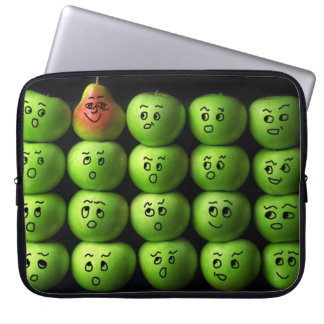 Apples & Pear - Neoprene Laptop Sleeve 15 inch