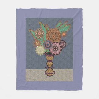 Appliqué Vase And Flowers Look Fleece Blanket