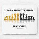 Aprenda cómo pensar el ajedrez del juego (la actit tapete de ratón