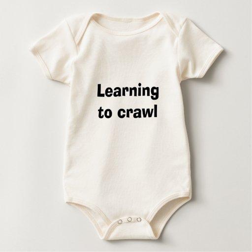 Aprendizaje arrastrarse trajes de bebé