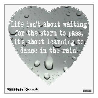 ¡Aprendizaje bailar en la lluvia! Foto de las gota