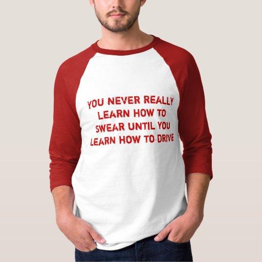 Aprendizaje jurar la camiseta