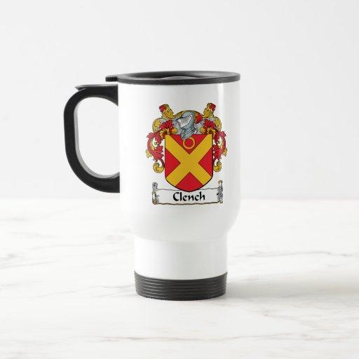 Apriete el escudo de la familia taza de café