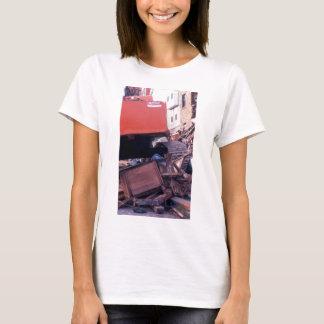 apt destr. red machine T-Shirt