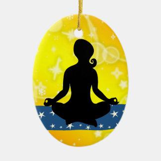 ¡Aptitud! Yoga - SRF Adorno Ovalado De Cerámica