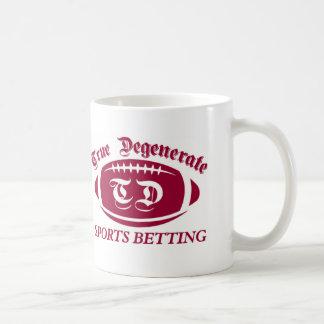 Apuesta degenerada verdadera de los deportes taza
