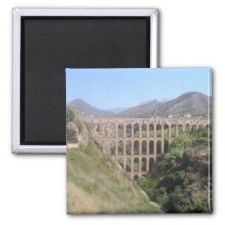 Aquaduct Magnet