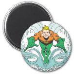 Aquaman que se lanza adelante iman para frigorífico