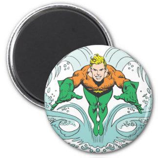 Aquaman que se lanza adelante imán redondo 5 cm