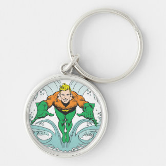 Aquaman que se lanza adelante llavero redondo plateado