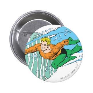 Aquaman salta a la izquierda pin