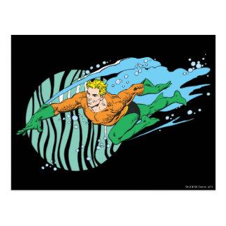 Aquaman salta a la izquierda tarjeta postal