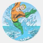 Aquaman salta del mar etiquetas redondas