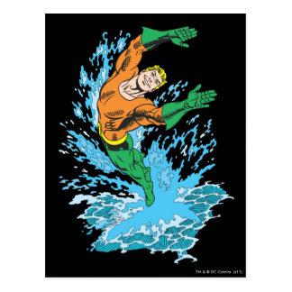 Aquaman salta en onda tarjetas postales