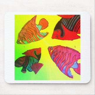 Aquarium in brilliant colors mouse pad