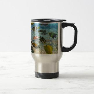 Aquarium with multicolor fishes travel mug