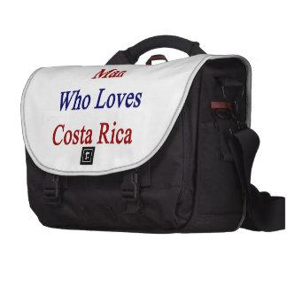 Aquí está un hombre que ama a Costa Rica Bolsa Para Ordenador