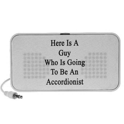 Aquí está un individuo que va a ser acordeonista altavoces de viajar