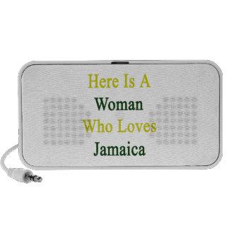 Aquí está una mujer que ama Jamaica PC Altavoces