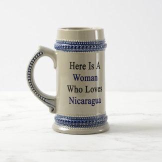Aquí está una mujer que ama Nicaragua Taza De Café
