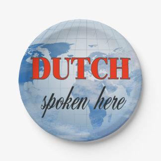 Aquí tierra nublada hablada holandés plato de papel 17,78 cm