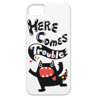 Aquí viene el gato del iPhone 5 del deux del probl iPhone 5 Case-Mate Cárcasa