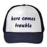 aquí viene el gorra del problema