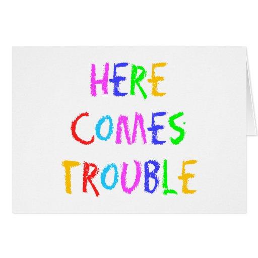 Aquí viene la tarjeta de felicitación del problema