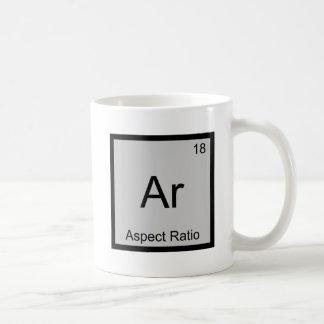 AR - Símbolo divertido T del elemento de la Taza Clásica