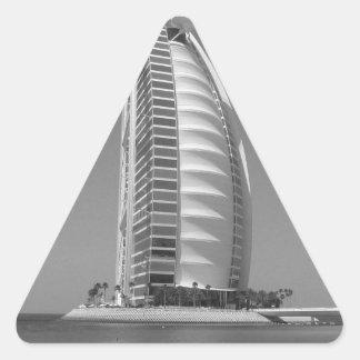 Árabe del Al de B&W Burj Pegatina Triangular