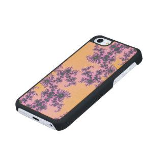 Arabesque del fractal - verde y púrpura en funda de iPhone 5C slim arce