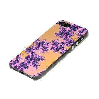 Arabesque del fractal - verde y púrpura en carcasa de iphone 5 incipio feather shine