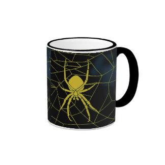 Araña amarilla en tela, correas tazas de café
