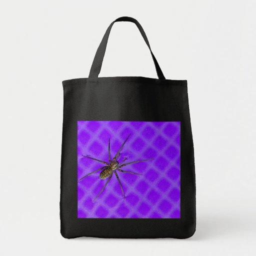 Araña en el diseño fresco púrpura de Halloween Bolsa De Mano