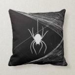 Araña muy fresca en el Web Almohadas
