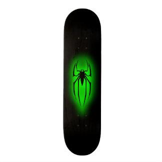 "Araña - verde patineta 7 7/8"""