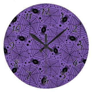 Arañas divertidas de Halloween Reloj Redondo Grande
