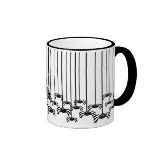 Arañas espeluznantes taza