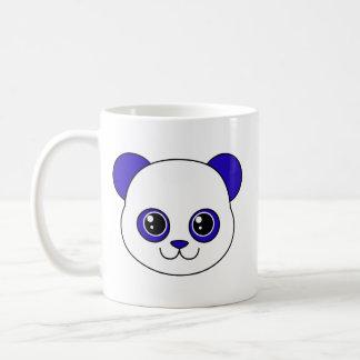 Arándano lindo de la panda taza básica blanca