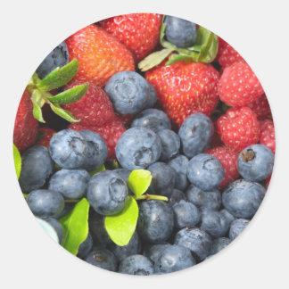 Arándanos y frambuesas de las fresas etiqueta redonda