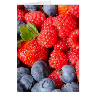 Arándanos y frambuesas de las fresas tarjeta de felicitación