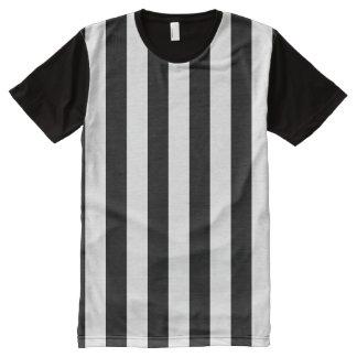 Árbitro deportivo blanco y negro rayado