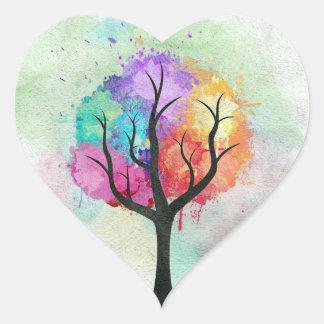 Árbol abstracto impresionante de la pintura de pegatina en forma de corazón