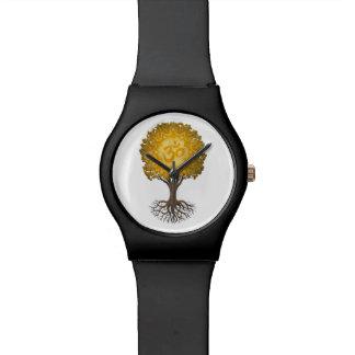 Árbol amarillo de OM de la yoga de la vida Reloj