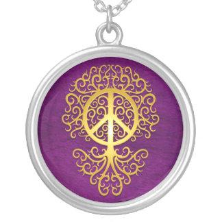 Árbol, amarillo y púrpura de la paz colgante redondo
