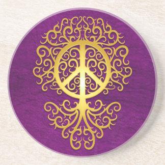 Árbol amarillo y púrpura de la paz posavaso para bebida