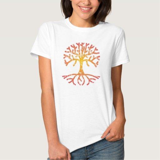 Árbol apenado IV Camisetas