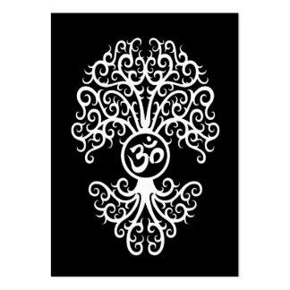 Árbol blanco de OM en negro Plantilla De Tarjeta De Negocio